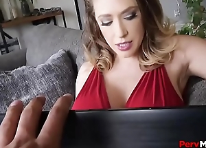 Perverted Stepson Obsessed With Mommy Blowjobs
