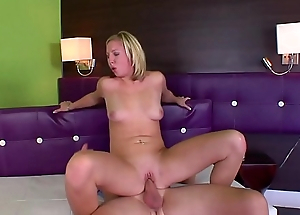 Blonde in fervency struggling with a fat cock