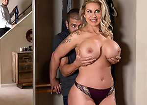 Plotting Mom 3 Starring Ryan Conner - Brazzers HD -2