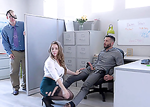 Prexy blonde MILF secretary Lena Paul fills her mouth with cum