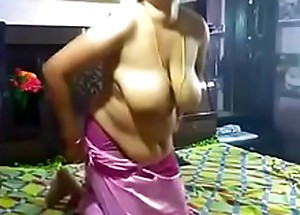 Simmering Juhi aunty sucking and fixed fucking