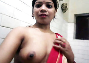 Desi XXX - Heavy Nuisance Punjabi Bhabhi Taking Shower Shaving Her Slit