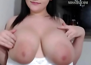 pretty sprog got huge boobs and love to chat her new followers