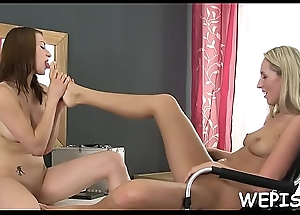 After pissing she can't live without to acquire sexy urina massaged in her fro